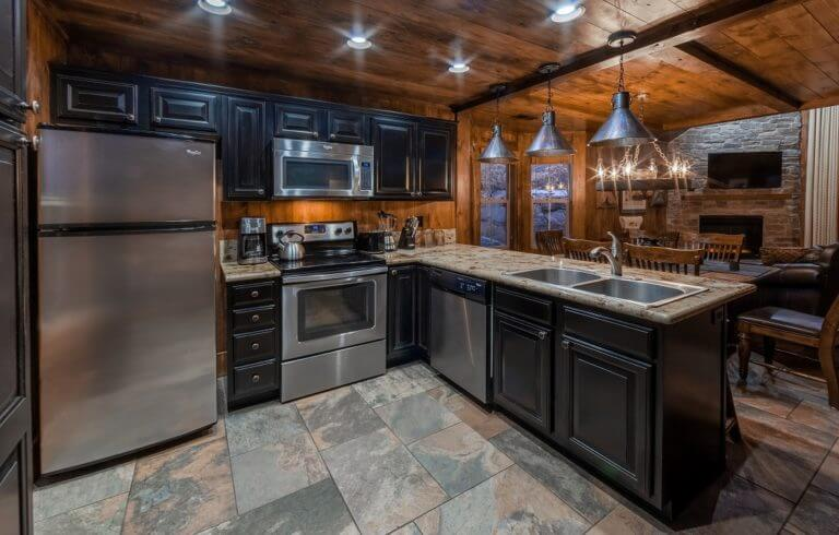 Walley's Hot Springs Kitchen Suite