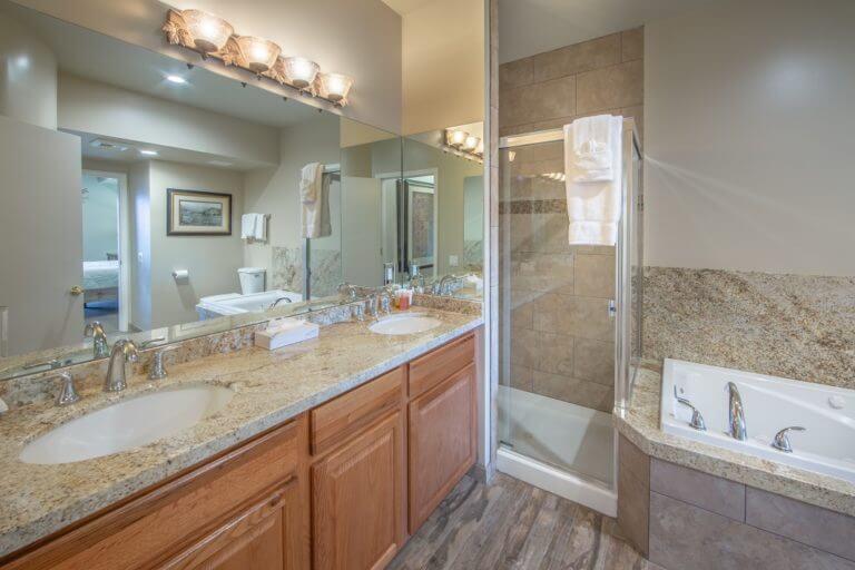 David Walley's Resort Bathroom