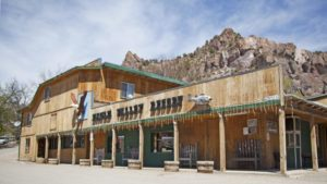 Pat & John's Eagle Valley Resort