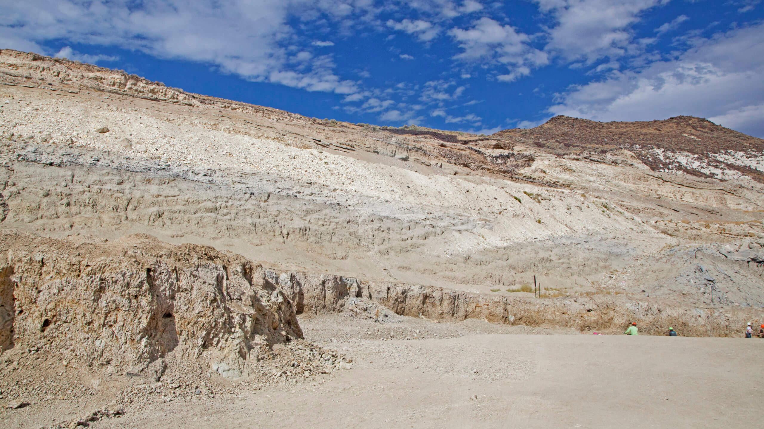 nevada opal mining