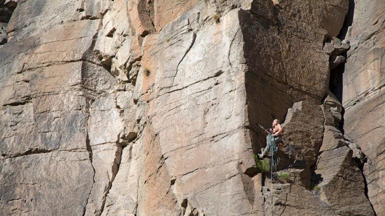 climbing rainbow canyon