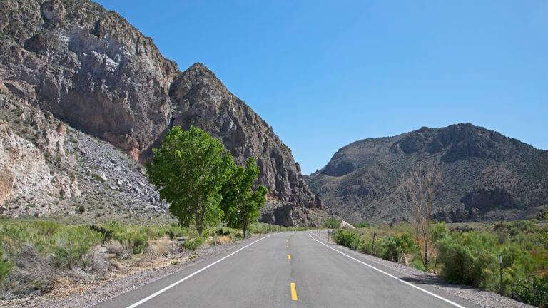 scenic drive rainbow canyon