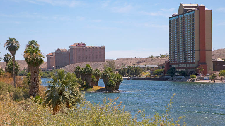 places to stay laughlin