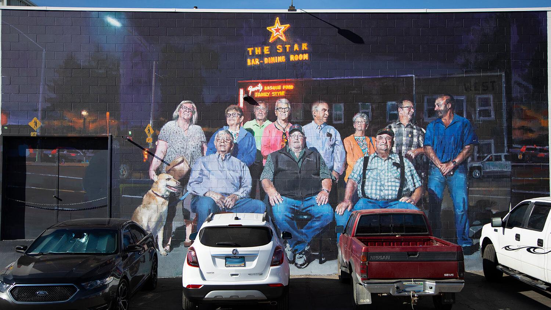 star bar mural