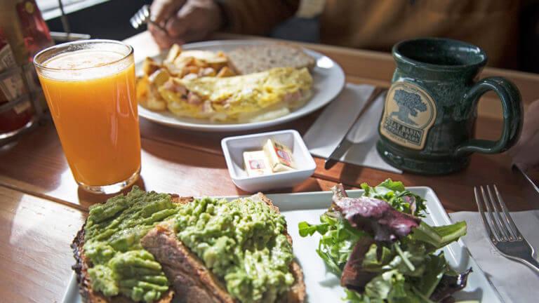 Stargazer Inn and Kerouac's Restaurant & Bar